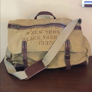 Other - Men's duffle messenger bag